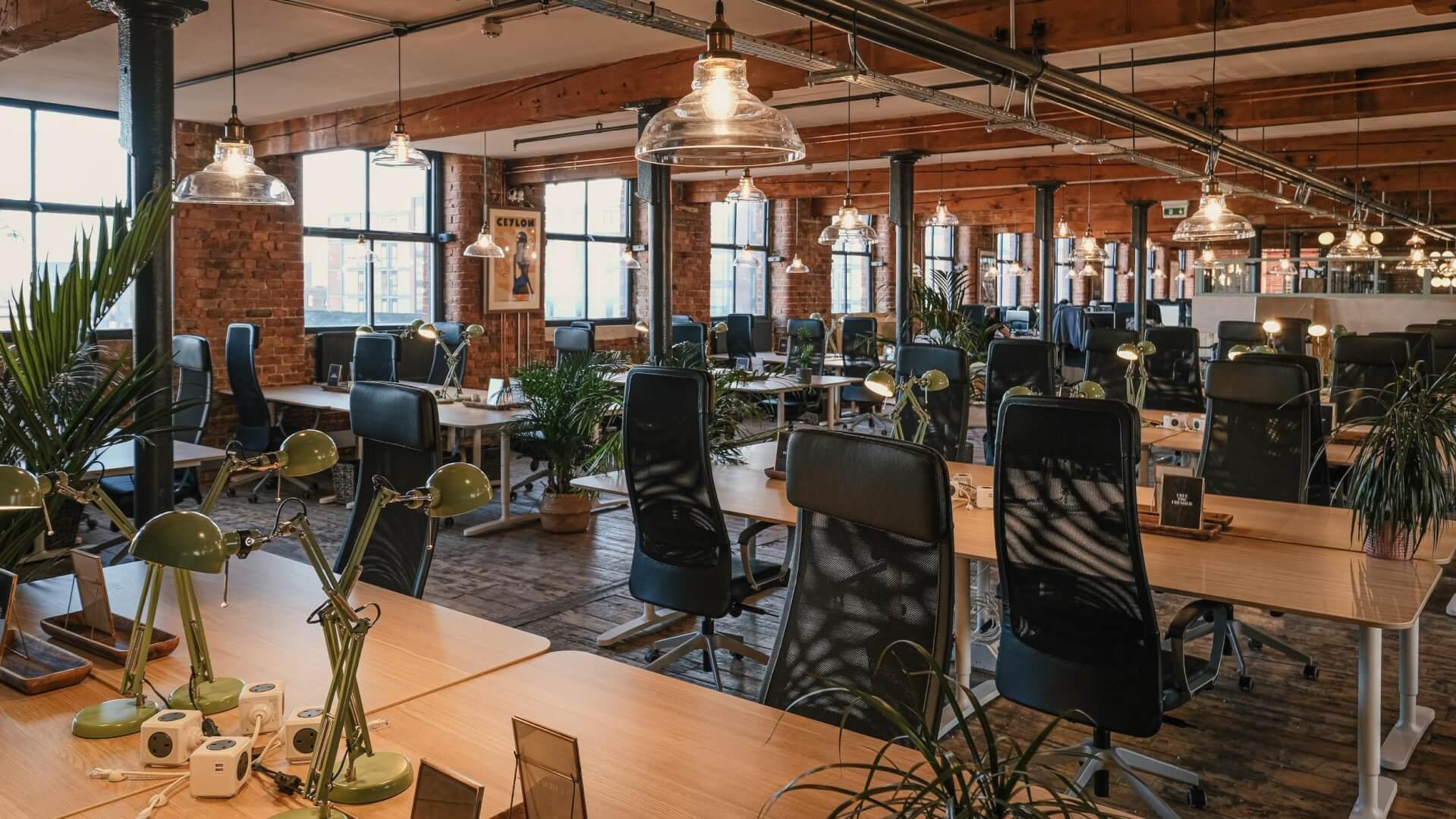 Lower Lofts desks co working
